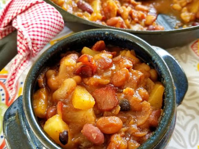 385 Pineapple Bacon Baked Beans Pn